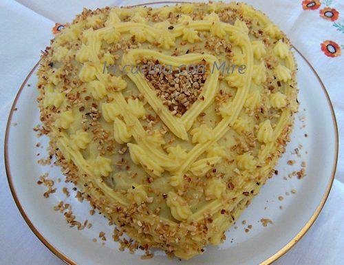 Torta farcita con crema di arancia