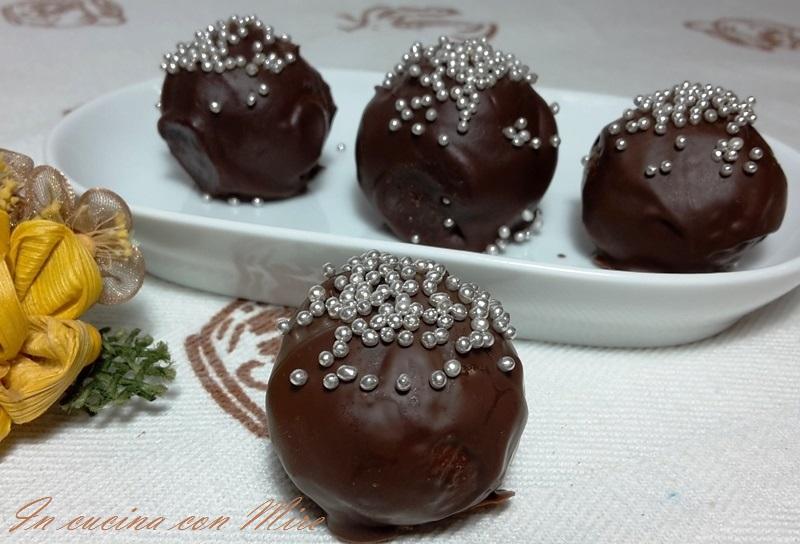 Tartufi al cioccolato - ricetta 20150113_180333