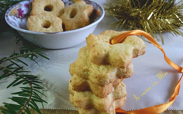Biscotti di frolla all'arancia