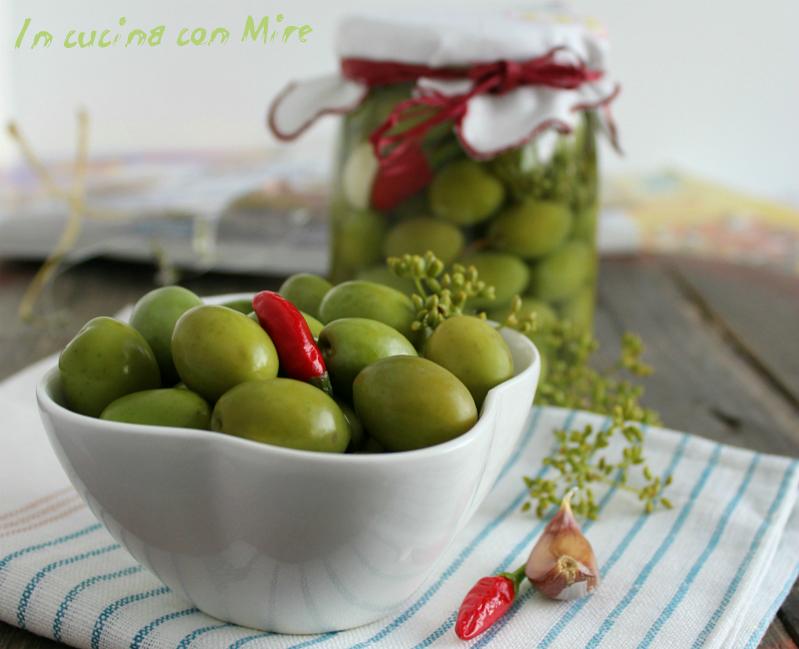 Olive in salamoia - ricetta con la soda