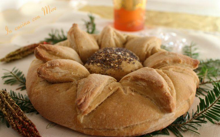 Pane fiore stella di natale per le feste