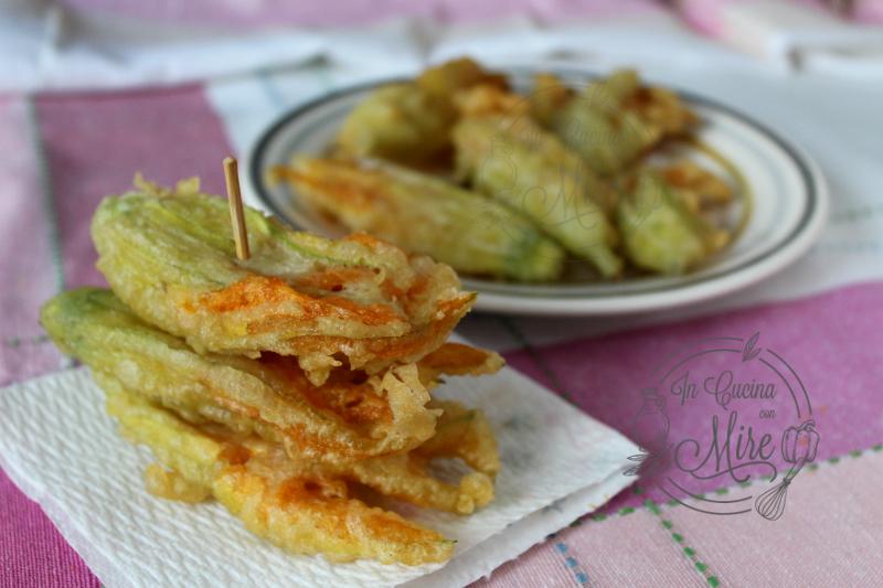 Frittelle di fiori di zucca con pasta madre