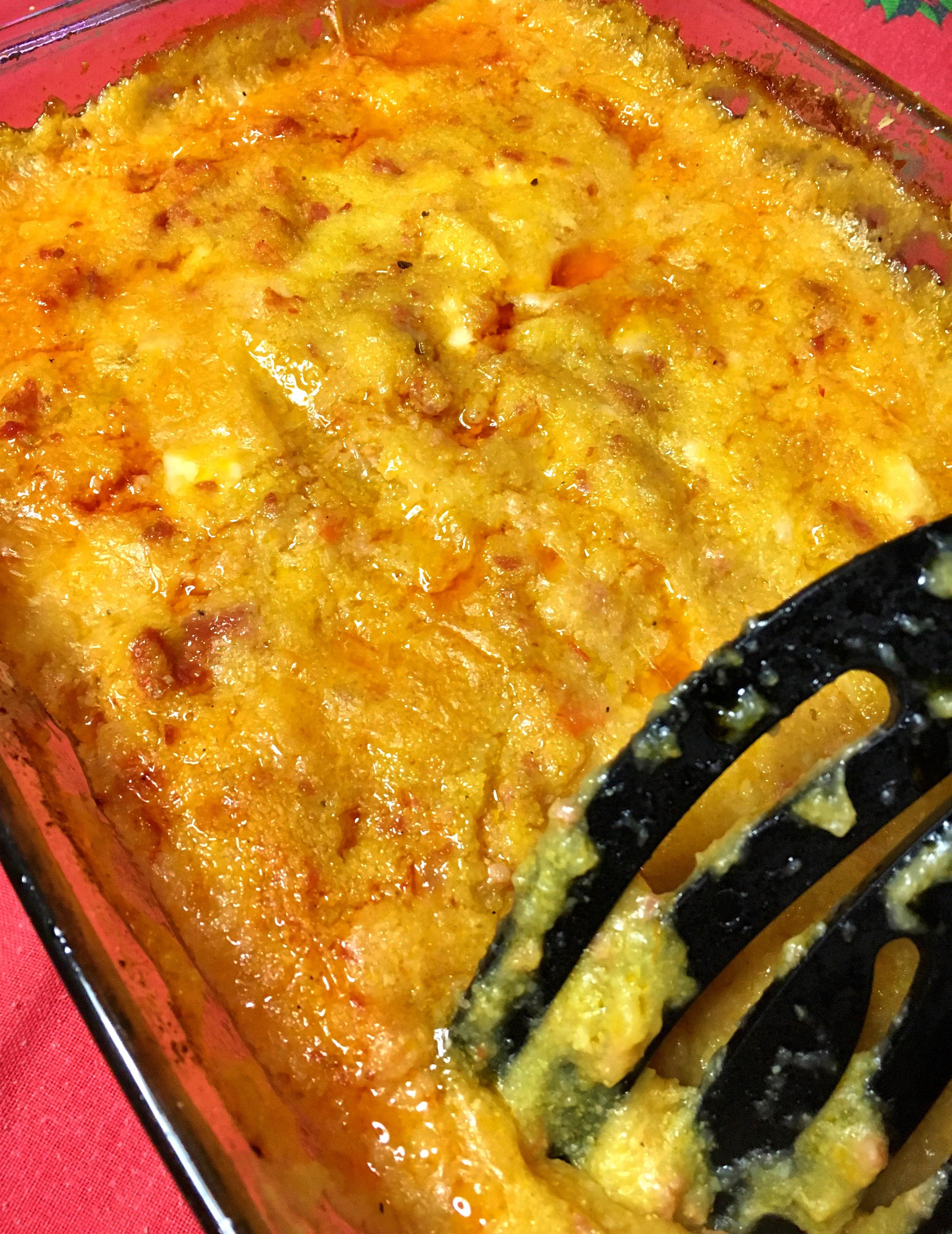 Polenta pasticciata con salsiccia e scamorza - Ricette in forno