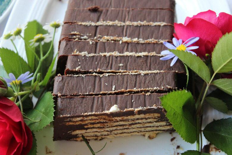 Torta Mattonella Biscotti e Cioccolato