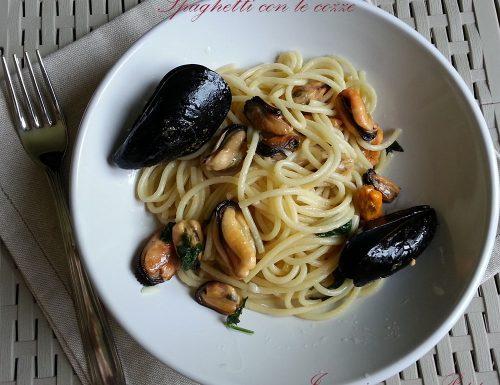 Spaghetti con le cozze – ricetta italiana