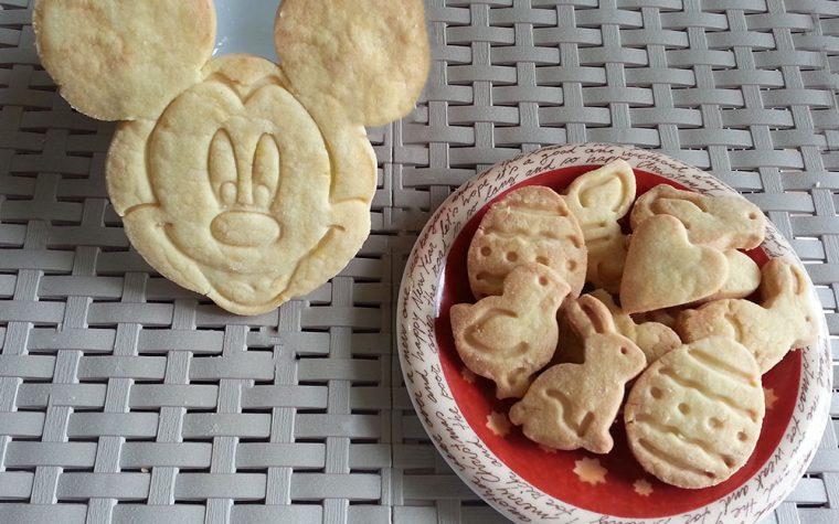 Biscotti di pasta frolla semplici