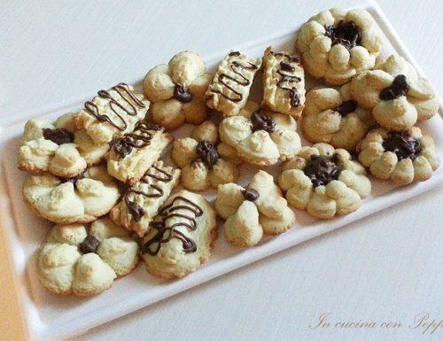 Biscotti di frolla velocissimi con bimby