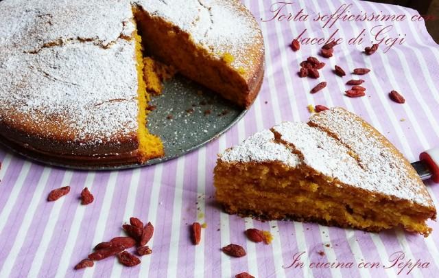 torta sofficissima con bacche di goji