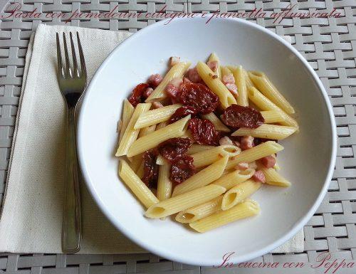Pasta con pomodorini ciliegino e pancetta