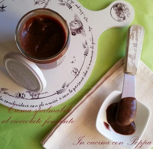 crema spalmabile al cioccolato fondente2
