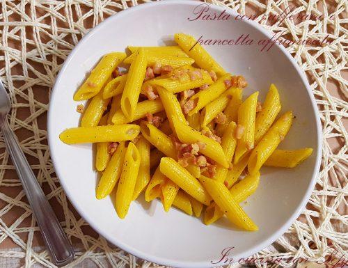 Pasta con zafferano e pancetta affumicata