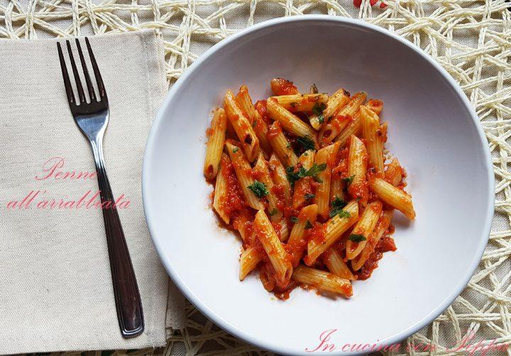 Penne all'arrabbiata - ricetta regionale | In cucina con Peppa