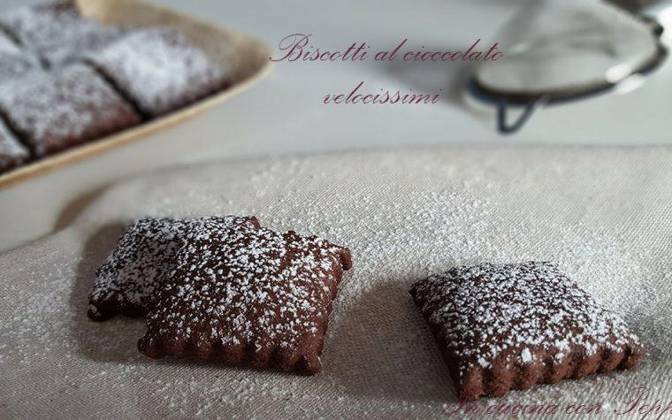 Biscotti al cioccolato velocissimi da preparare