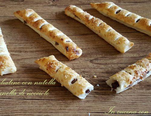 Sfogliatine con nutella e granella di nocciole