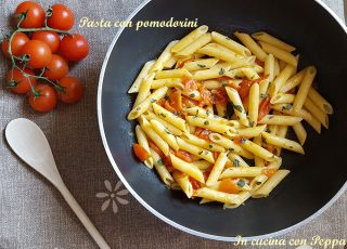 pasta con pomodorini freschi
