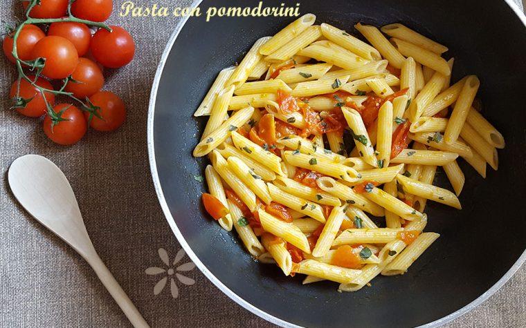 Pasta con pomodorini freschi – ricetta semplice e saporita