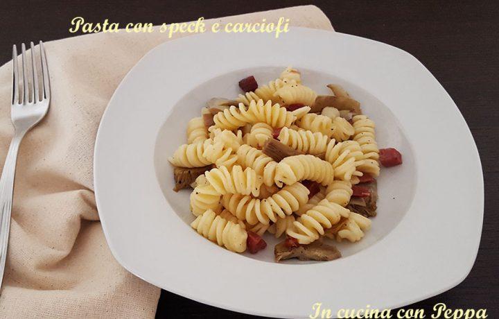 Pasta con speck e carciofi – primo piatto semplice e gustoso
