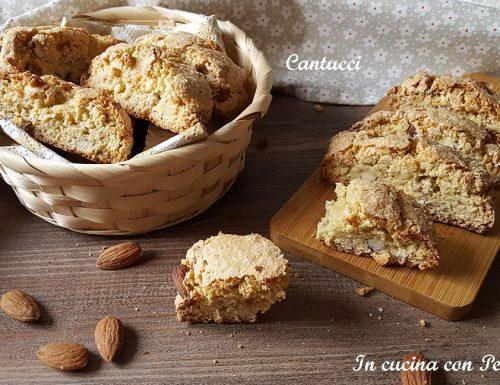 Cantucci – biscotti deliziosi della Toscana