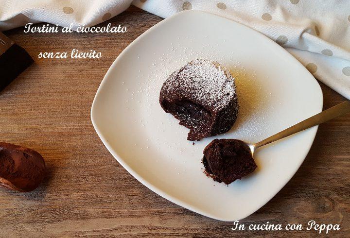 tortini al cioccolato senza lievito