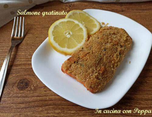 Salmone gratinato con friggitrice ad aria succoso