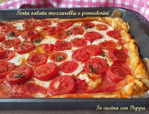 Torta salata mozzarella e pomodorini