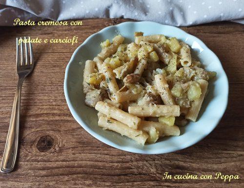 Pasta cremosa con carciofi e patate