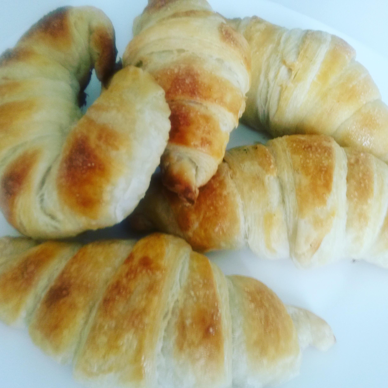Croissant francese sfogliato