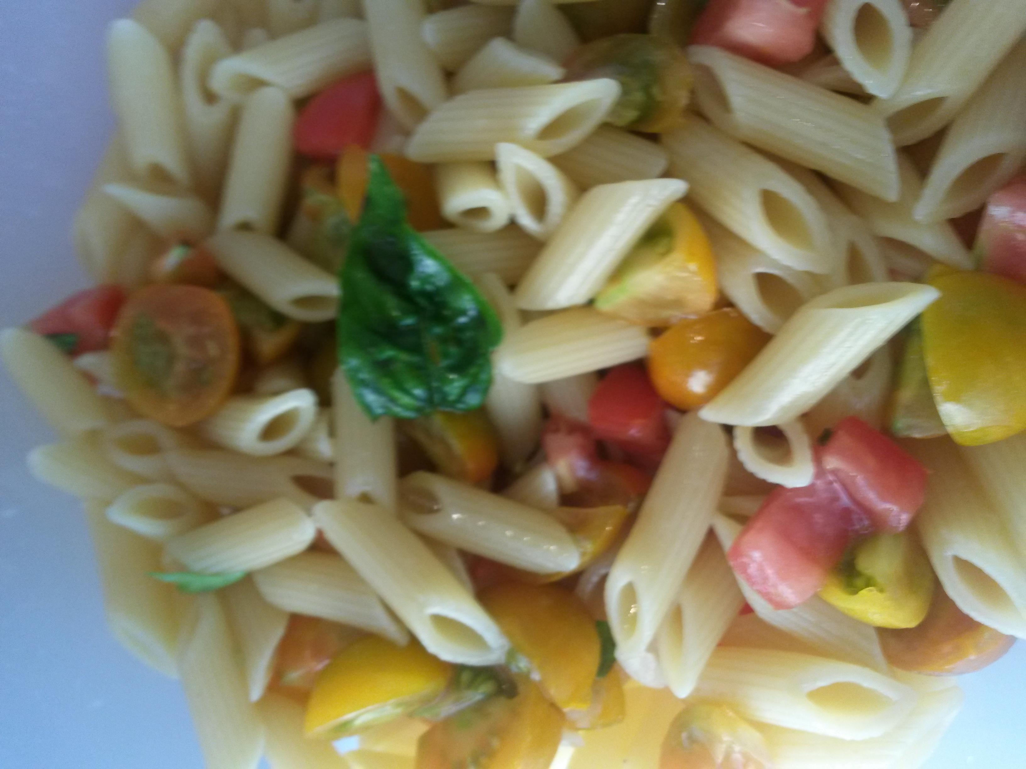 Pasta pomodori e basilico