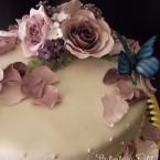 Le torte di Petit…rose e farfalle per un compleanno (torte decorate in pasta di zucchero)