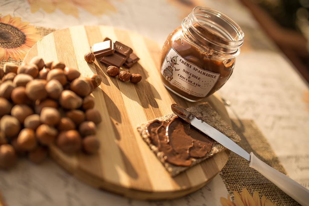crema spalmabile nocciole e cioccolato
