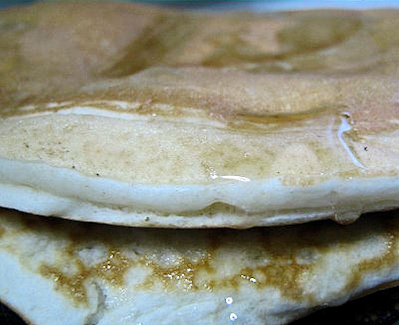 Frittelle di Paperino al miele o Pancakes, ricetta per la prima colazione