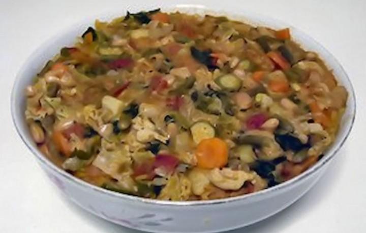 Minestra di pane o minestra di cavolo nero, ricetta tradizionale toscana