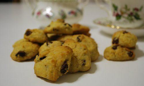 Biscotti all'uvetta, ricetta senza glutine e latticini