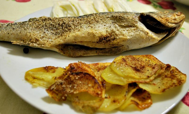 Branzino al forno con ginepro sea bass with juniper berries for Cucinare branzino 5 kg