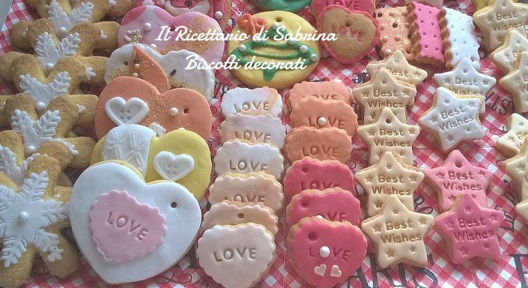 Pasta di zucchero e biscotti decorati