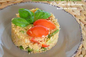 Couscous ai 4 cereali con verdure e spezie Tandoori