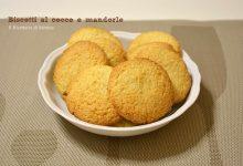 Biscotti al cocco e mandorle