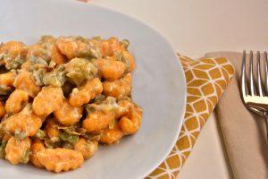 Gnocchi di zucca con salsa di carciofi