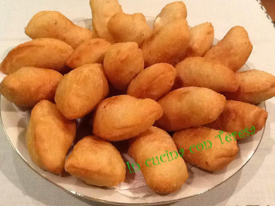 calzoncini fritti con lievito madre