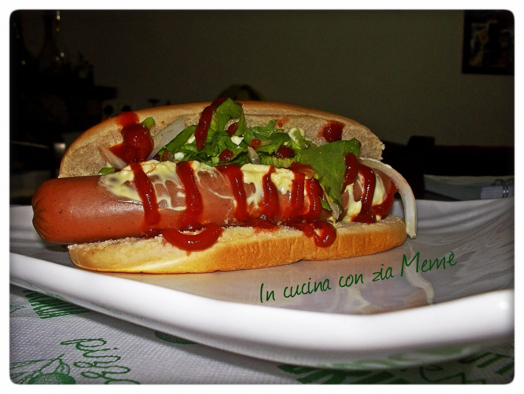 Perro caliente hot dog venezuelano in cucina con zia meme 39 for Cucinare hot dog