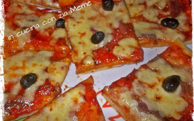 Pizza fatta in casa