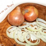 I consigli di zia Memè: affettare le cipolle senza piangere