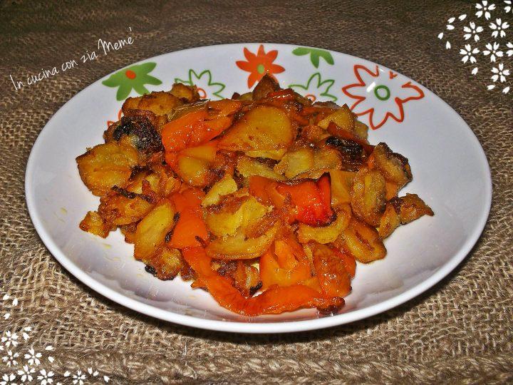 Peperoni e patate ricetta calabrese in cucina con zia memè
