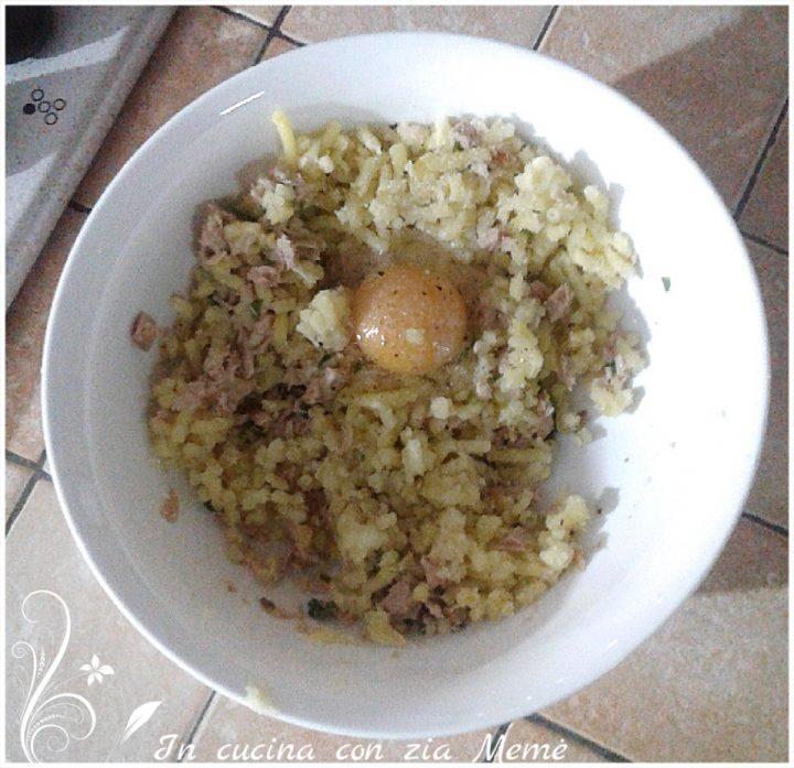 Medaglioni di patate e tonno in cucina con zia meme