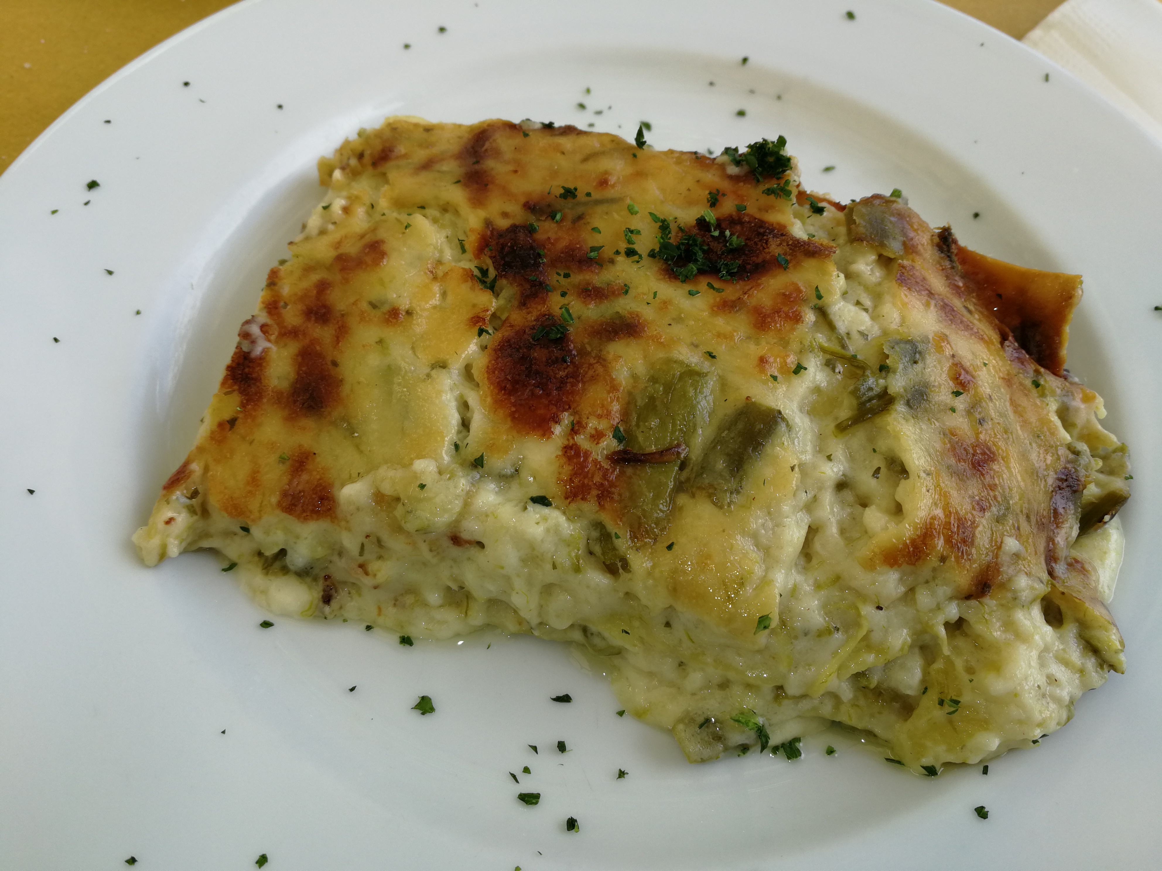 Lasagne con asparagi e montasio