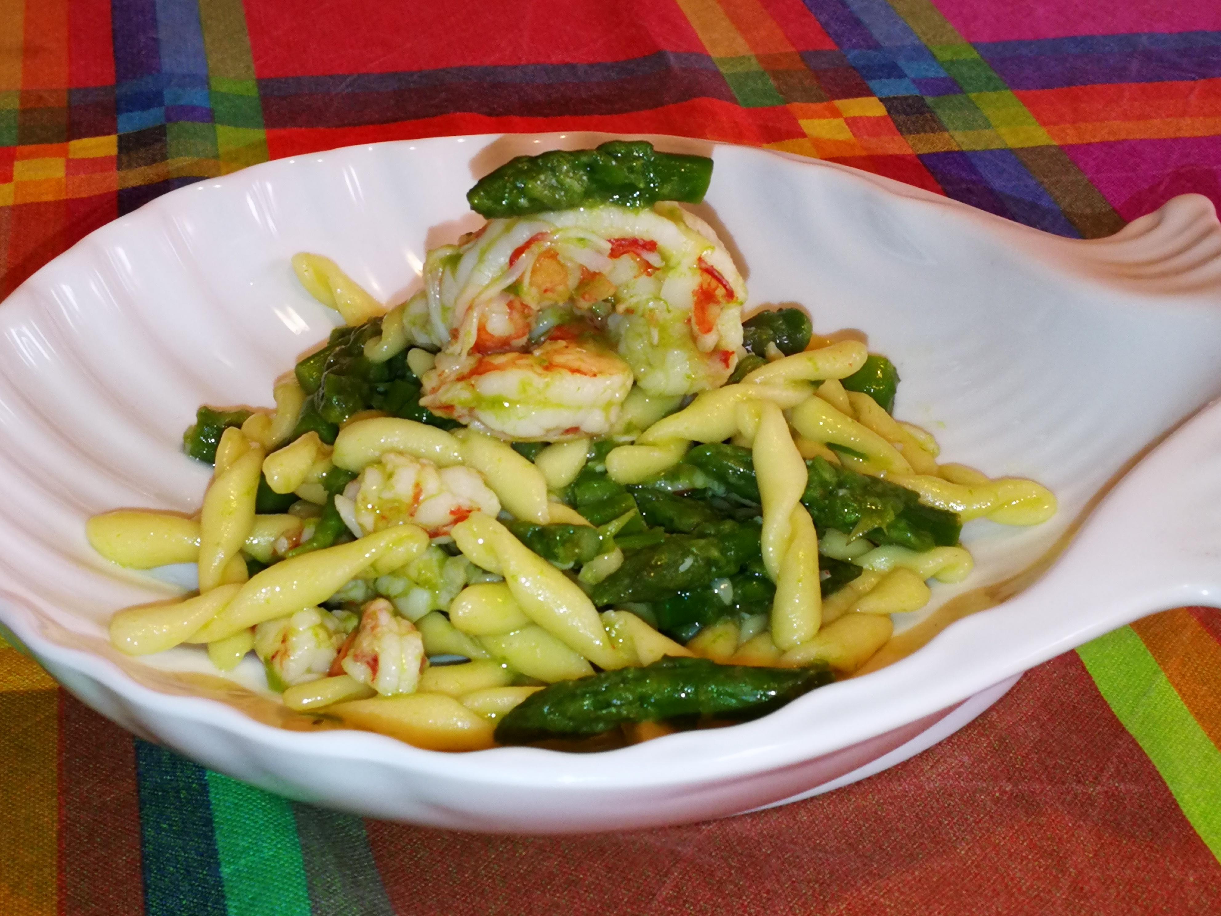 WorldPastaDay - Strozzapreti con gamberi e asparagi