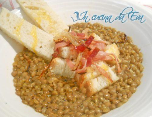 Zuppa di lenticchia saporita