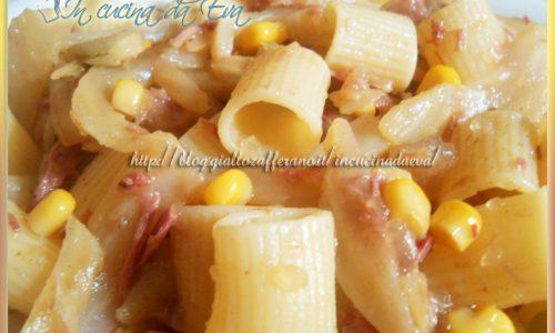 Mezze maniche finocchio e carne in gelatina