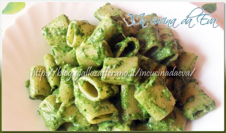Ricetta Pasta al pesto di spinaci