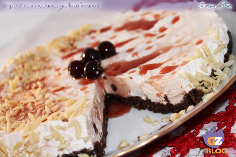 Cheesecake amarene e mandorle3